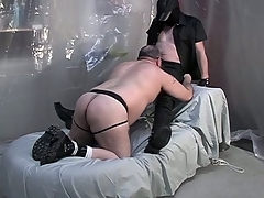 Big dude on his knees and giving a blowjob