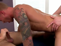 Athlete amateur in troika sucks while fucked in his tight butt