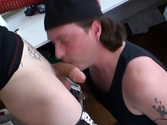 Tattooed alt careless cums after blarney sucking