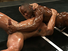 Strain Cooper vs Trey Turner The Oil Weight